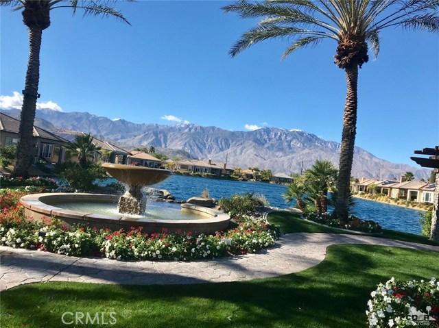 1 Lake Como Court, Rancho Mirage CA: http://media.crmls.org/medias/88dc4917-dbe3-496f-884b-b1dd4624e800.jpg