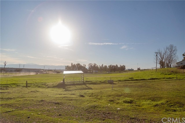 11630 Paskenta Road, Red Bluff CA: http://media.crmls.org/medias/88de1614-ebf6-4ed6-99cd-207e882ebfb0.jpg
