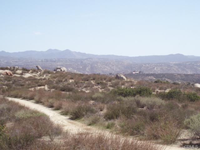 41120 Jojoba Hills Circle, Aguanga CA: http://media.crmls.org/medias/88e60fb2-571c-4267-850d-8bba5d67a5b8.jpg