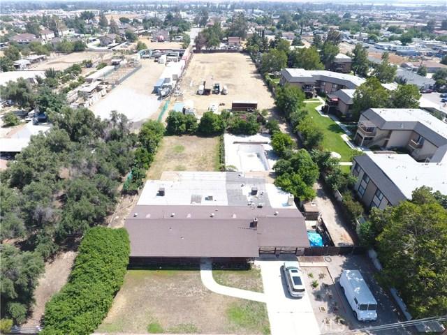 17809 San Bernardino Avenue Fontana, CA 92335 - MLS #: IG17137422