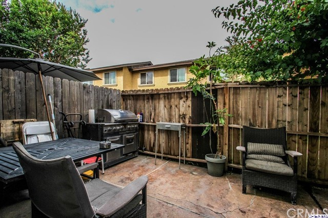 12316 Runnymede Street, North Hollywood CA: http://media.crmls.org/medias/89161312-098a-4491-a31a-3cfb4ce0842b.jpg