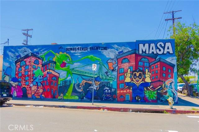 4150 Avalon Boulevard, Los Angeles CA: http://media.crmls.org/medias/891c4479-890e-4da2-96ef-b0ccd5c6f4ee.jpg