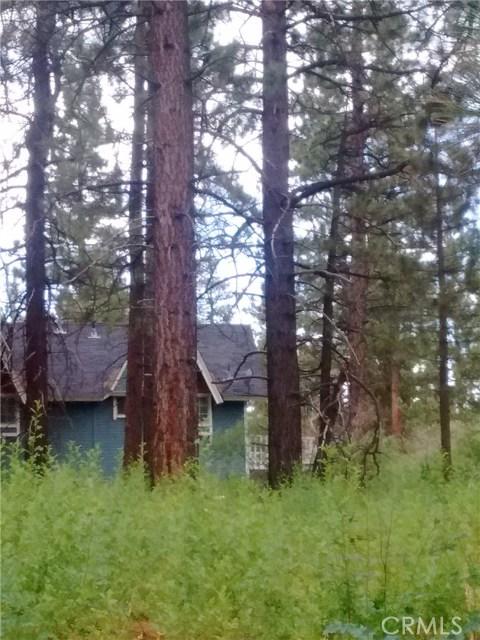 613 Rose Hill Drive, Big Bear CA: http://media.crmls.org/medias/891eb1db-3dfd-46c8-9f73-10a995ffe12b.jpg