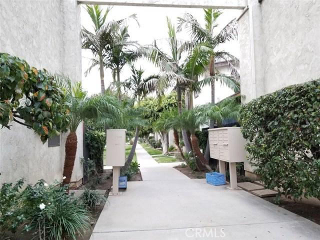 Photo of 1301 S Greenwood Avenue #44, Montebello, CA 90640