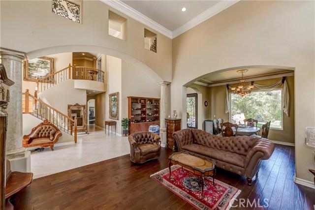 685 Noble Rd., Simi Valley CA: http://media.crmls.org/medias/892b924b-3f72-4acf-9c62-c2168c152fbf.jpg