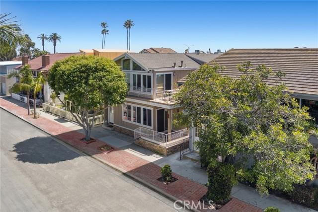 517 W BAY Avenue, Newport Beach CA: http://media.crmls.org/medias/893254ed-6909-42f8-97df-d4e74b01175a.jpg