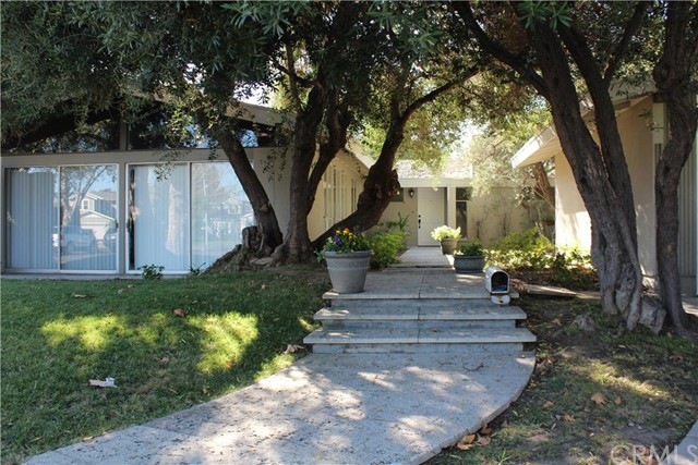 Single Family Home for Sale at 12401 Bellwood Road Rossmoor, California 90720 United States