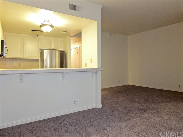 730 W 4th Street, Long Beach CA: http://media.crmls.org/medias/8936e229-07aa-4762-bfc0-87903b0c6d76.jpg