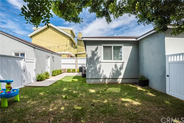 203 W Walnut Ave, El Segundo, CA 90245 photo 30