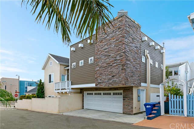 219 2nd Hermosa Beach CA 90254