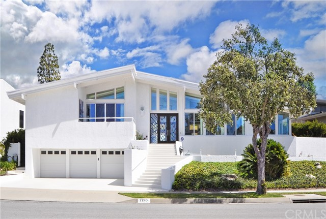 7190 Crest Road, Rancho Palos Verdes, California 90275, 4 Bedrooms Bedrooms, ,3 BathroomsBathrooms,Single family residence,For Sale,Crest,PV19072828