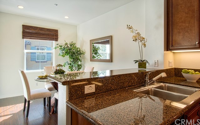 234 Coral Rose, Irvine, CA 92603 Photo 4