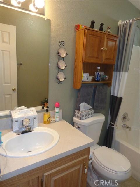 1251 E Lugonia Avenue, Redlands CA: http://media.crmls.org/medias/89700b75-7fac-46b3-8bda-63c4256e62b9.jpg
