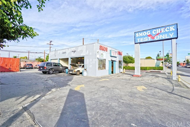 Retail for Sale at 4335 Gage Avenue Bell, California 90201 United States