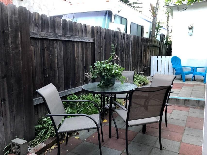 3750 Arboleda Street, Pasadena CA: http://media.crmls.org/medias/8978831b-d18d-4919-9c57-50804472b70e.jpg