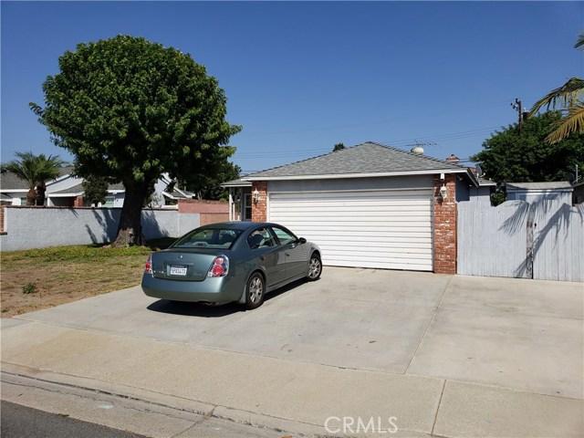 11132 Ranger Drive, Los Alamitos CA: http://media.crmls.org/medias/898c4367-a2a5-4f5c-b92b-a483d472e2ef.jpg