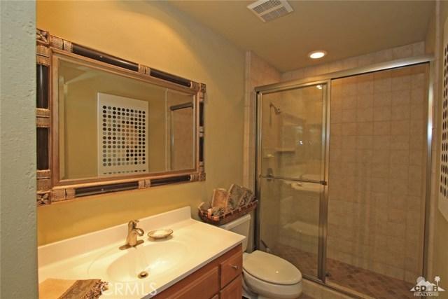 48255 Monroe Street, Indio CA: http://media.crmls.org/medias/898f5d3b-52f2-49b4-b1d5-704429390434.jpg