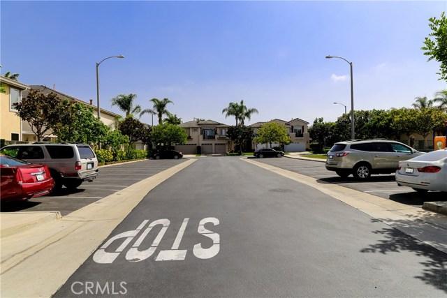 18611 Park Ridge Lane, Huntington Beach CA: http://media.crmls.org/medias/89938a75-517b-4583-a2a9-f0c7f8190ab3.jpg