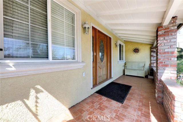 8324 Fontana Street, Downey CA: http://media.crmls.org/medias/89947255-b58c-4a56-9886-4262e22ee56e.jpg