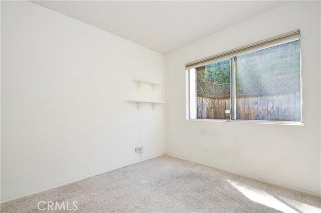 1733 Kingsdown Court, Rancho Palos Verdes CA: http://media.crmls.org/medias/89a012d8-3453-4350-93a8-653fd53e8889.jpg