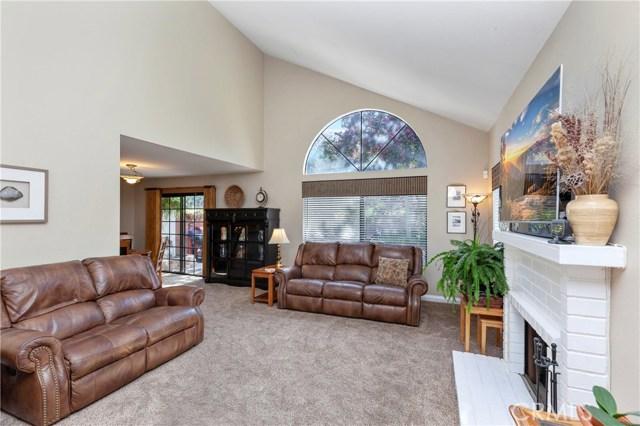 5821 Sunset Ranch Drive, Riverside CA: http://media.crmls.org/medias/89a80960-7633-41de-ba36-51e117acad0f.jpg