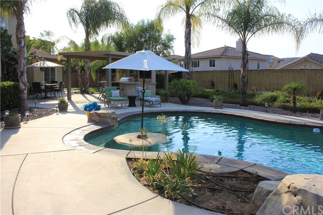 Photo of 35020 Cedar Ridge Court, Winchester, CA 92596