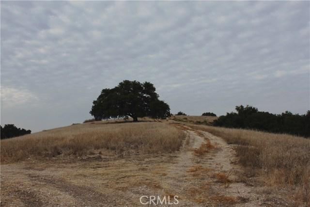 2000 Niderer Road, Paso Robles CA: http://media.crmls.org/medias/89cf8bb2-c2fe-49c8-9f2d-a21cfec73ebd.jpg