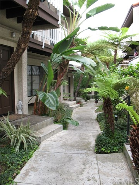 410 Avenue G 36, Redondo Beach, CA 90277