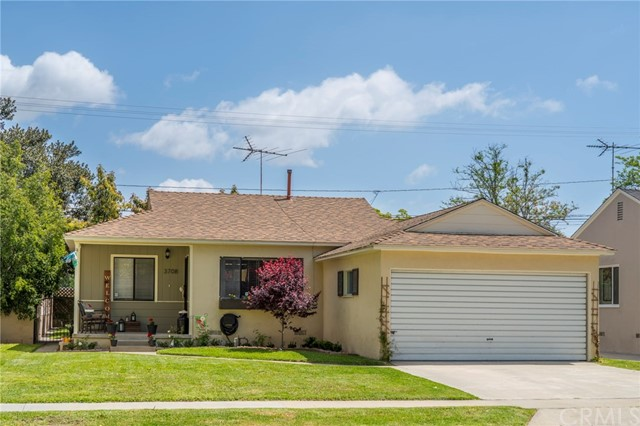 Single Family Home for Sale at 3708 Studebaker Road N Long Beach, California 90808 United States
