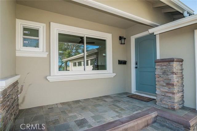 3711 E Harding Street, Long Beach CA: http://media.crmls.org/medias/89f729d9-fd28-4250-96a0-0fd79af1dbbd.jpg