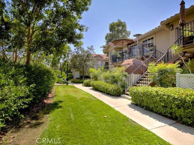 3 Buckthorn, Rancho Santa Margarita CA: http://media.crmls.org/medias/8a022954-0bf5-4835-b828-46b8e2926032.jpg