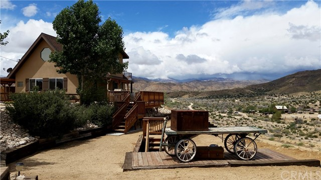 Single Family Home for Sale at 5031 Tom Mix Road Pioneertown, California 92268 United States