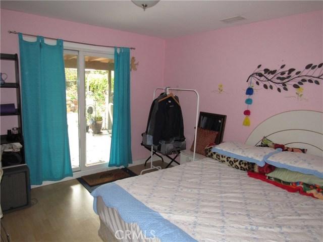 2104 Continental Avenue, Costa Mesa CA: http://media.crmls.org/medias/8a0fc8cc-db52-49b9-8a33-ea955d72c17d.jpg