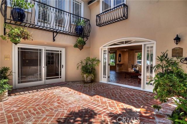 2515 Vista Drive, Newport Beach CA: http://media.crmls.org/medias/8a1419da-724a-4bc8-b838-9bcc61e980d7.jpg