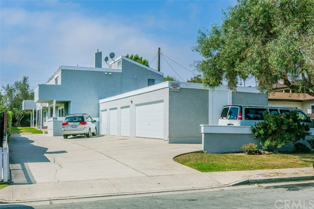 7892 Newman Avenue, Huntington Beach, CA, 92647