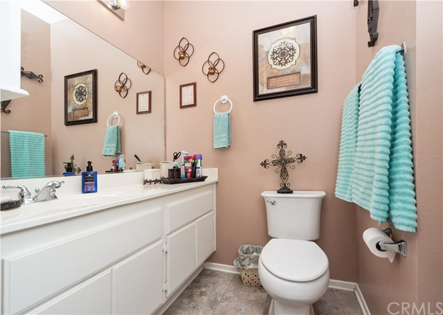 1059 Silvercreek Road, Corona CA: http://media.crmls.org/medias/8a1a8aa5-1bd9-4696-9df2-28a99983c441.jpg