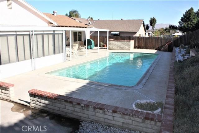 5980 Kitty Hawk Drive, Riverside CA: http://media.crmls.org/medias/8a216306-0980-4120-99d0-7b0a00c06b6a.jpg