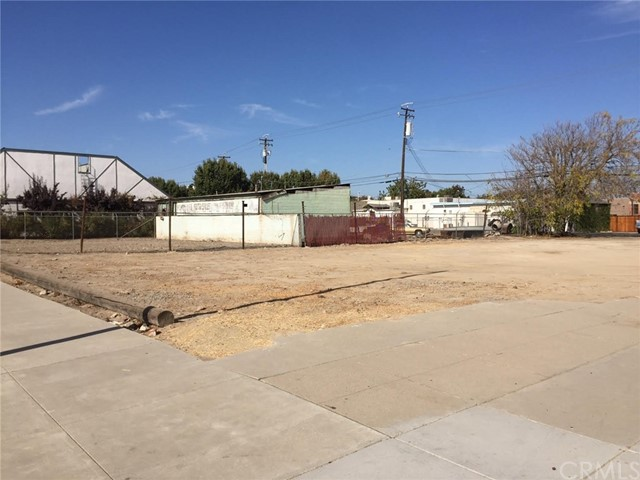 Single Family for Sale at 1400 California Street Kingsburg, California 93631 United States