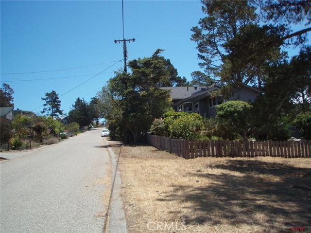 1885 Stuart Street, Cambria CA: http://media.crmls.org/medias/8a39bdcd-1cc9-49e8-aec9-f14a9cd7b895.jpg