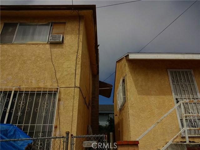 529 W Santa Cruz Street, San Pedro CA: http://media.crmls.org/medias/8a403d30-5134-44dc-9393-323386dc5967.jpg