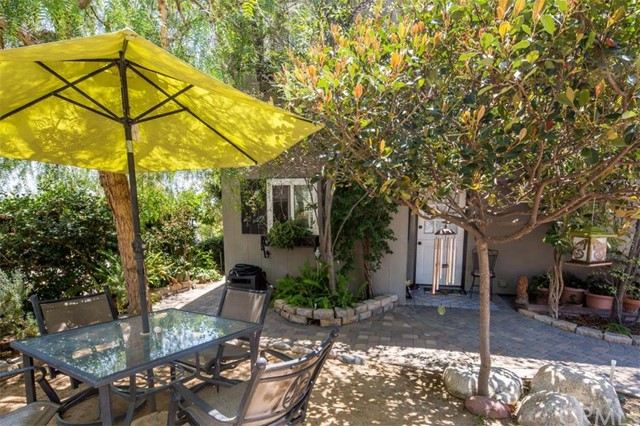 364 Calliope Street Laguna Beach, CA 92651 is listed for sale as MLS Listing LG17041706