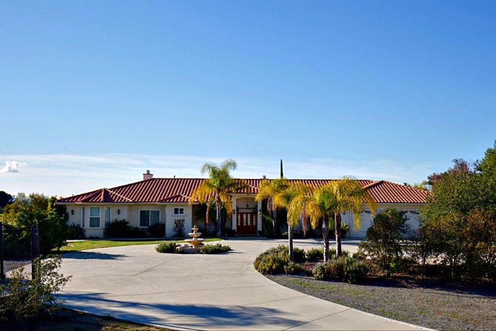 40920 Los Ranchos Circle  Temecula CA 92592
