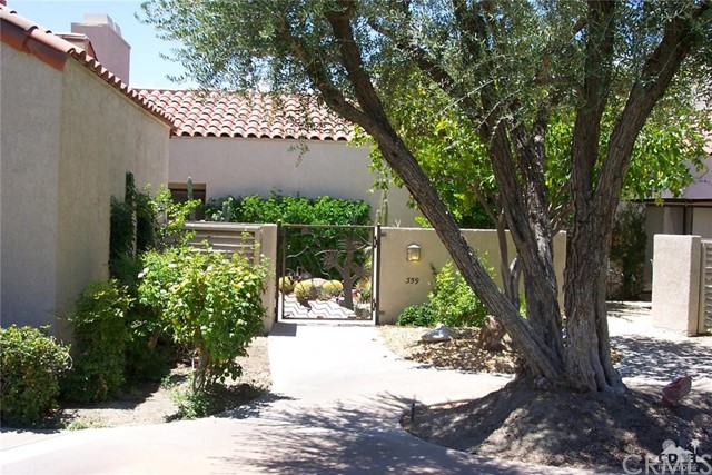 359 Wimbledon Drive Rancho Mirage, CA 92270 is listed for sale as MLS Listing 217001014DA