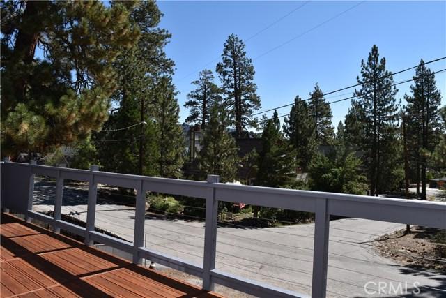 416 Vista Lane, Big Bear CA: http://media.crmls.org/medias/8a703923-b7ef-4f39-a653-4efc53db13f7.jpg