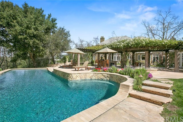 Single Family Home for Sale at 27711 Deputy Circle Laguna Hills, California 92653 United States