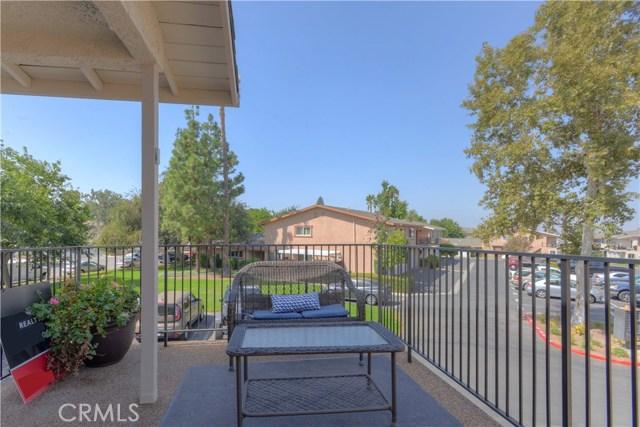 1198 Border Avenue, Corona CA: http://media.crmls.org/medias/8a761795-0a58-4543-89f9-0752d473f9ca.jpg