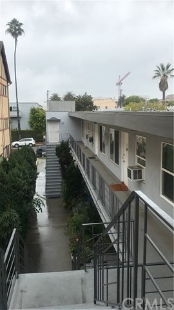 1245 10th St, Santa Monica, CA 90401 Photo 11