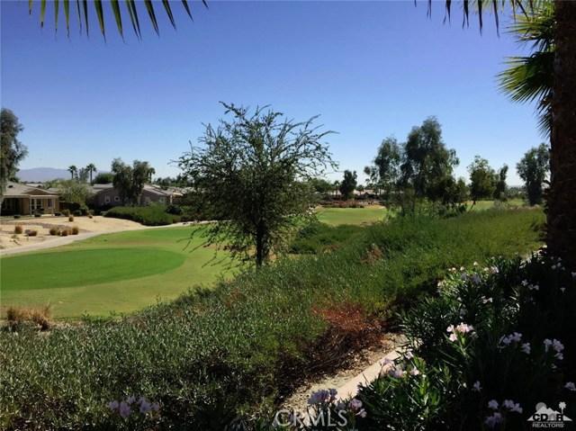61282 Sapphire Lane, La Quinta CA: http://media.crmls.org/medias/8a835d21-8eb1-4871-88de-ba9a218e2760.jpg