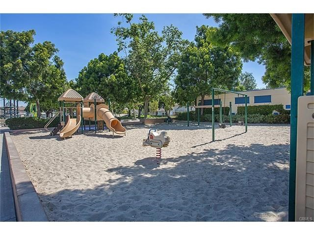 652 Springbrook, Irvine, CA 92614 Photo 37