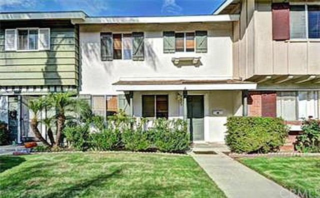9823   Continental Drive   , CA 92646 is listed for sale as MLS Listing PW15171091